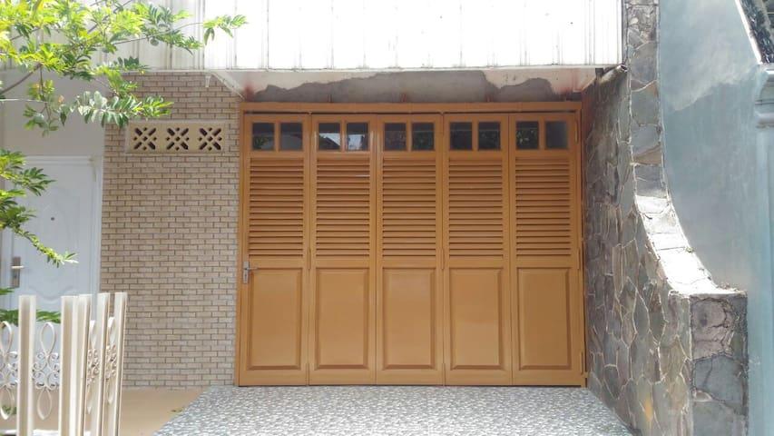 Al Khayr Guest House