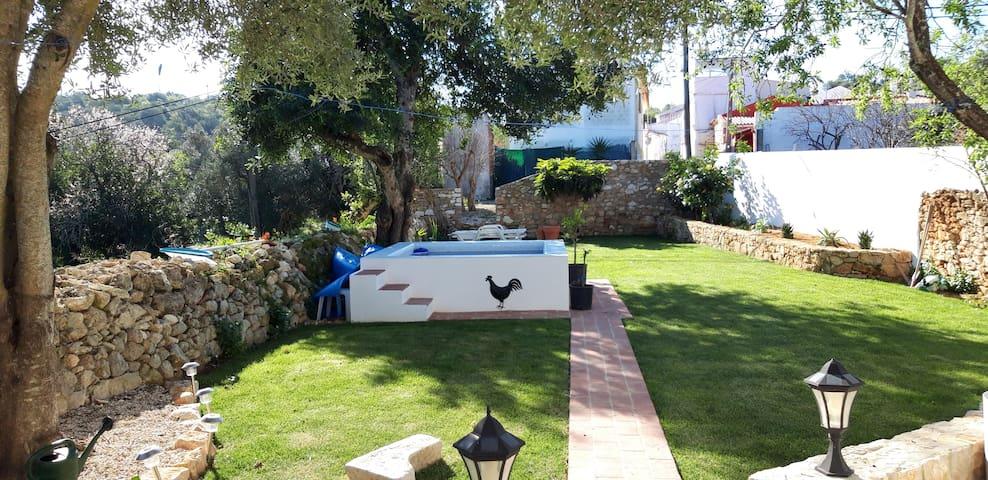 The Little Wine House Almeijoafras