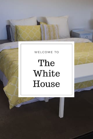 Welcome to The White House - Highton - บังกะโล