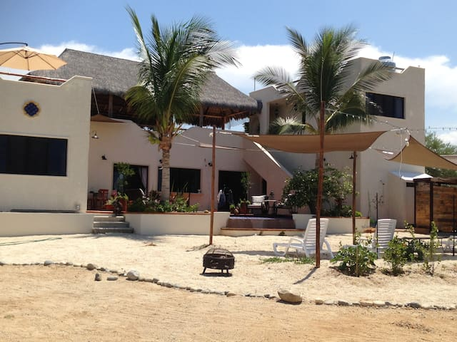 Casa Sin Velas,Pool,Views from all rooms!