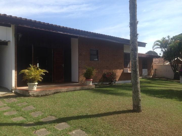 Casa de campo em bairro nobre de Atibaia