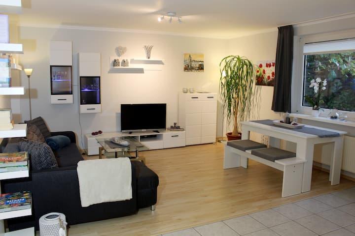 Moderne, ausgestattete 2-Zimmer Wohnung in Wedel