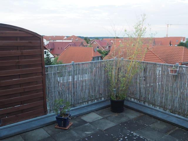 Angenehme Wohnung in Messenähe - Laatzen - Appartement