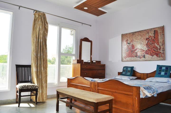 Independent Private Oasis Sec 80 Mohali Chandigarh