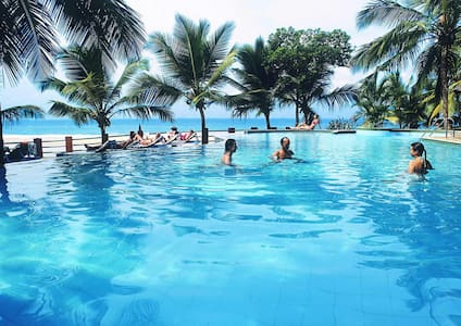 Manaltheeram Ayurveda Beach Resort - Thiruvananthapuram