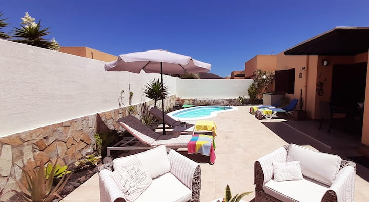 MAKANIDA beautiful villa with 2 pools - Corralejo
