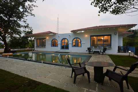 Greek House by Kaz Stays