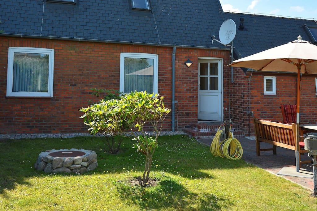 Gartenausgang zur Terrasse