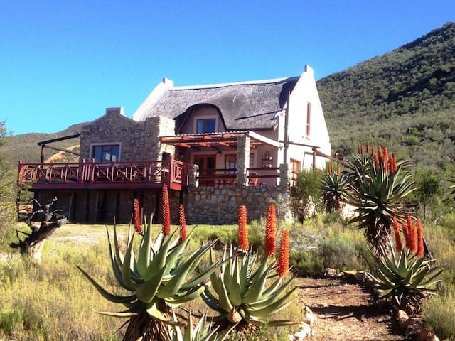 Oaksrest Vineyards Guest Farm-Chenin Blanc Cottage