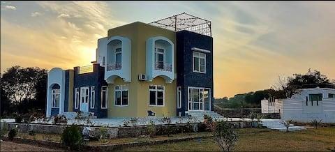 Entire Modern Villa In Dadyal, Azad Kashmir