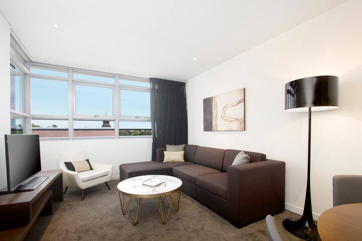 Silkari Suites at Chatswood Executive One Bedroom