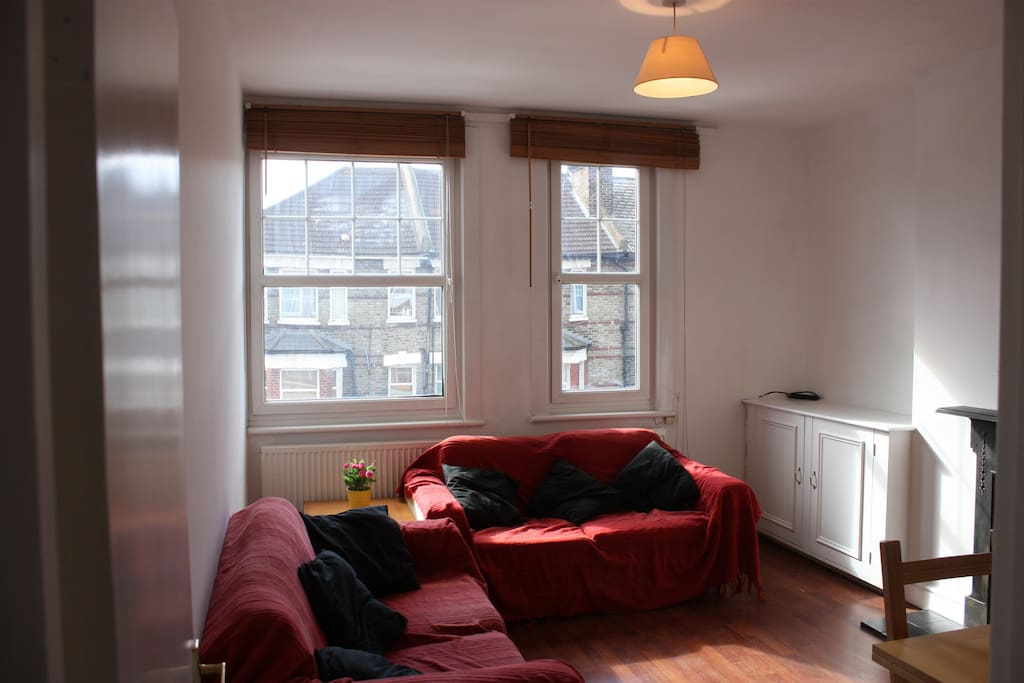 This light and airy room is the perfect place to relax after a day's work or sightseeing.