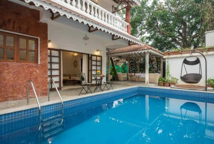 3BR Premium villa with private pool|wifi|BBQ|cook