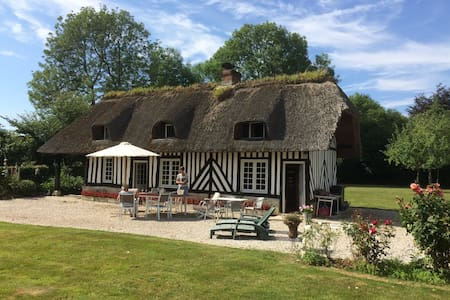 Charming cottage nearby Deauville