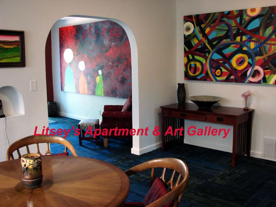 #1. Private Home/ Apartment. Only 2-min. from Downtown Wichita,KS. near 1-35 & Douglas Av. Over 950sq.ft. of area. Full Kitchen, 2 Bedrooms, Private bathroom, with new carpet & paint . Designed for the traveler and your comfort. Your Super Host & International Artist Mr. Brent Litsey has hosted over 150 Guests from around the world.