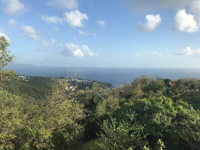 F3 vue mer montagne