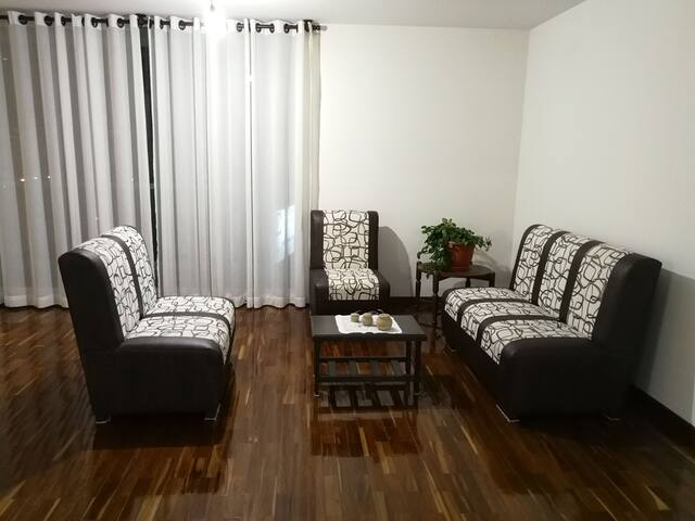 Bedroom suite in large and cozzy apt, Cochabamba