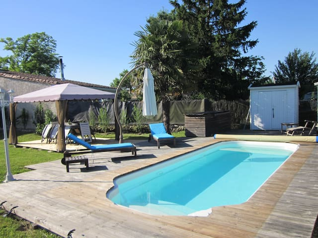 Wineyard-Suite with pool for 8  - Moulis-en-Médoc - Flat