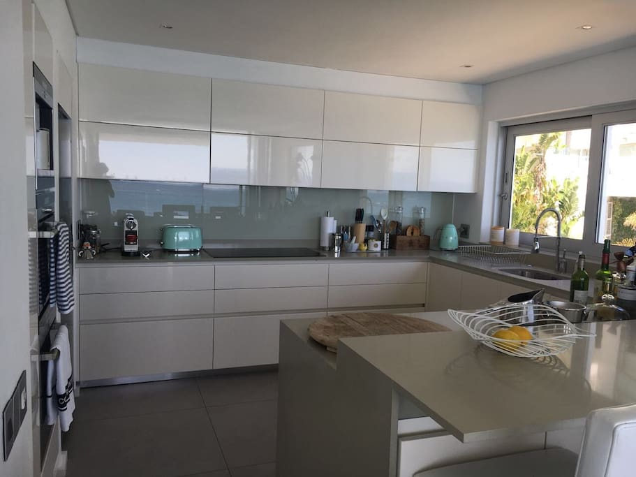 State of art kitchen with two ovens  Fully equipped kitchen