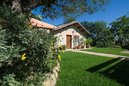 Villetta Vali, casa vacanze immersa nel verde