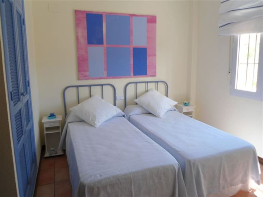 Dormitorio 4 con baño