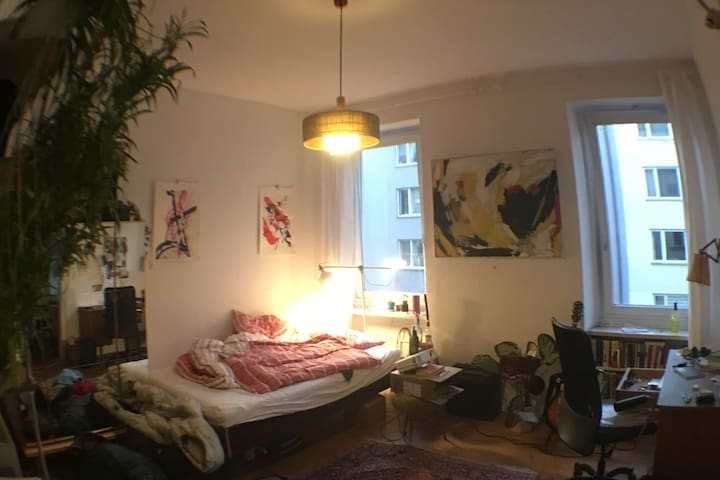 Charming 17m2 bedroom in Maxvorstadt
