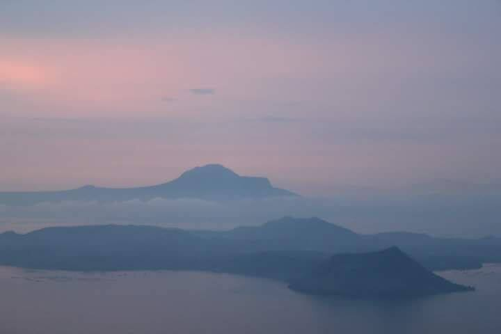 #2Ads A Cozy Nook Taal Lake View (w/ free parking)