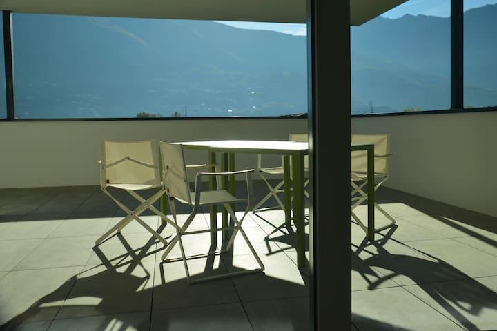 Modernité dans un ancien bourg du Tessin - Bellinzona - Apartment