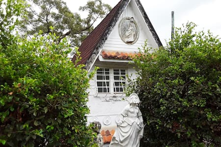 Private suite in Brisbane's iconic Fairy House