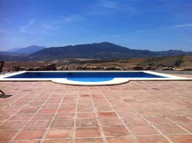 Traditional Country home, stunning views, + pool - Álora - Vila