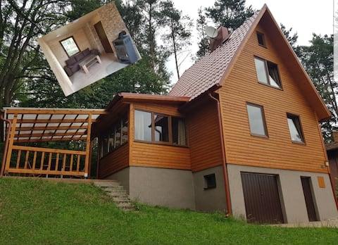 Feriehus ved Slapy Lake nær Prag i Tjekkiet 2