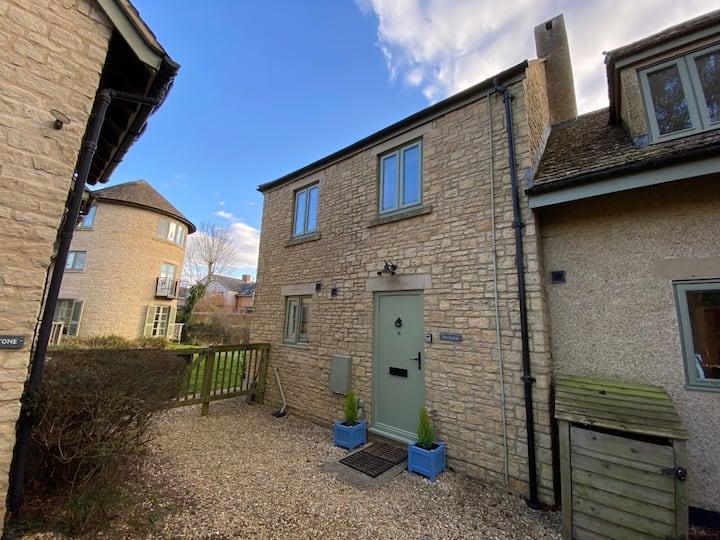 Fairhazel Cottage – Lower Mill Estate