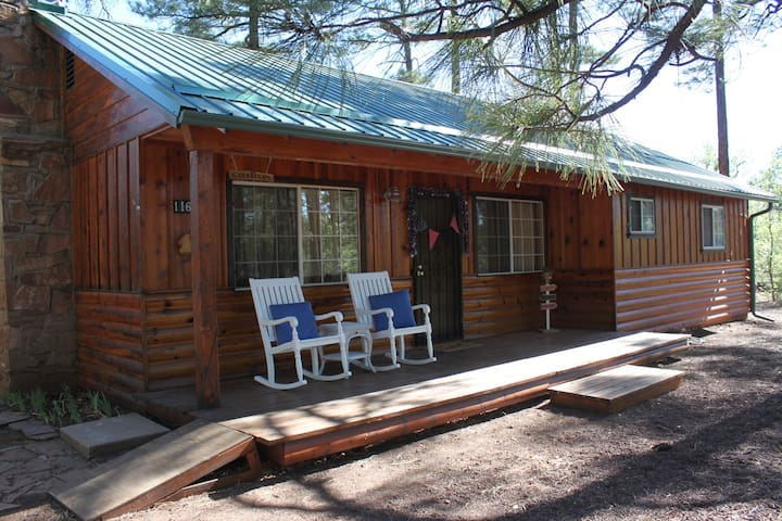Cozy Canfield Cabin on 1 Acre Lot in the Trees
