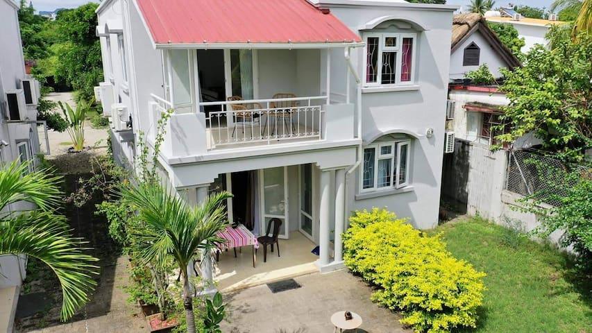 Chambre privée  balcon avec vue sur mer