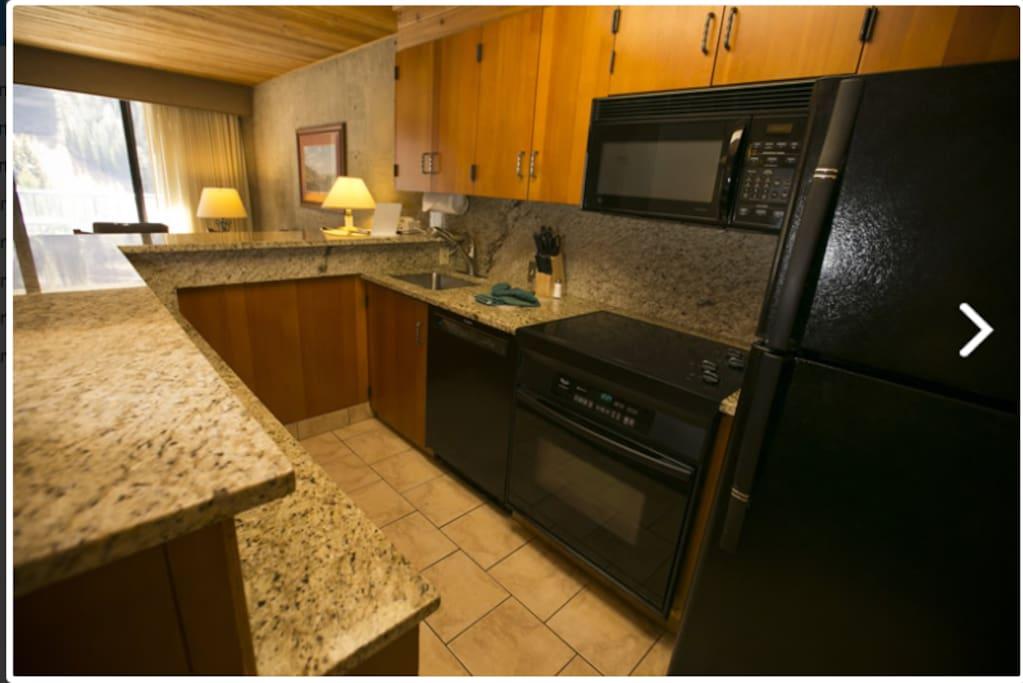 Studio B Kitchen