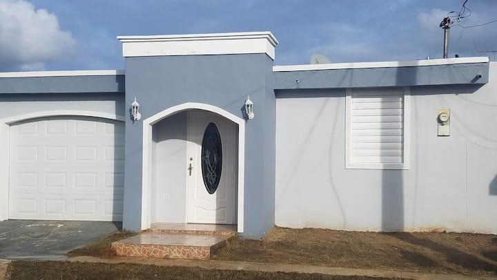 Family house in Vega Baja
