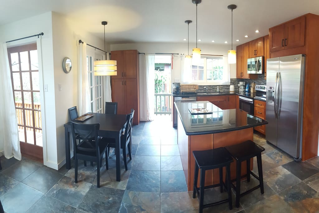 High end appliances, granite countertops, loads of natural light