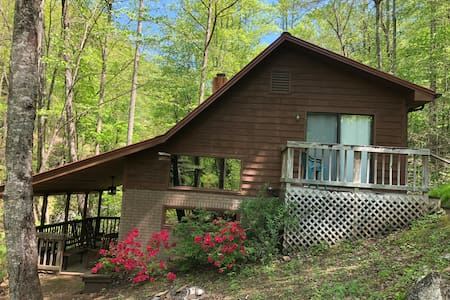 Go Creekside at A Simple Life Cabin