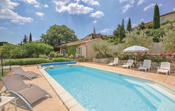 Amazing home in St. Saturnin-les-Apt with WiFi and 2 Bedrooms