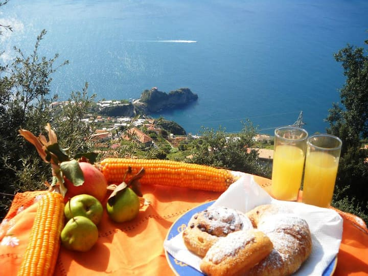 COZY ROOMS IN AMALFI COAST-MiraMare Bed&Breakfast