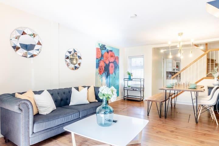 Indulge and Explore Ottawa from an Elegant Home