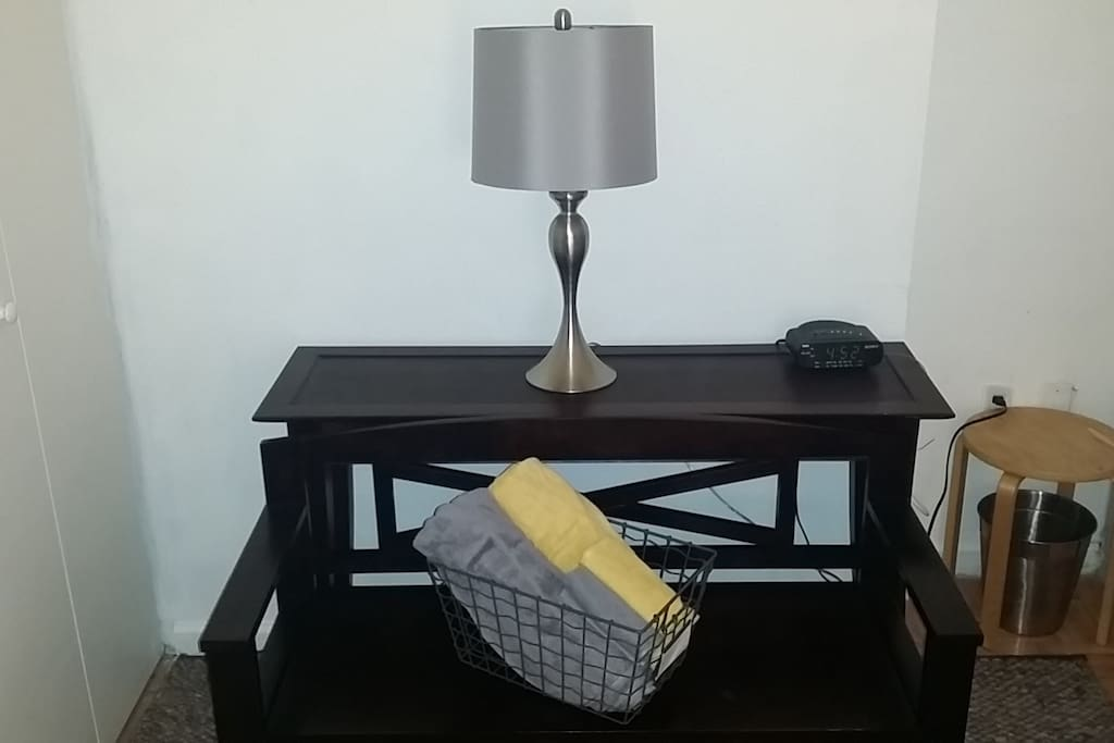 Guest towels on storage bench