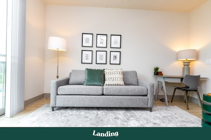 Landing | Modern Apartment with Amazing Amenities (ID2056)