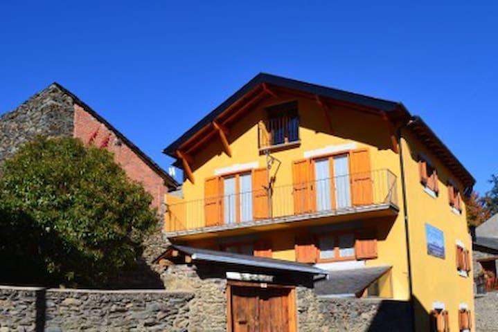 Casa de pueblo Cal Janet Bolvir (La Cerdaña) 12+6p