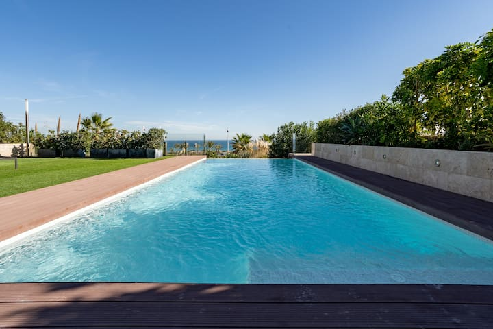 ★ Luxury Villa Private Infinity Pool and Sea Views