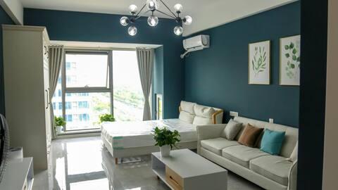 盐城工学院师范学院北欧简约风格绿地花漾米粉智能公寓1