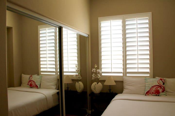 bed room 4 (queen size)