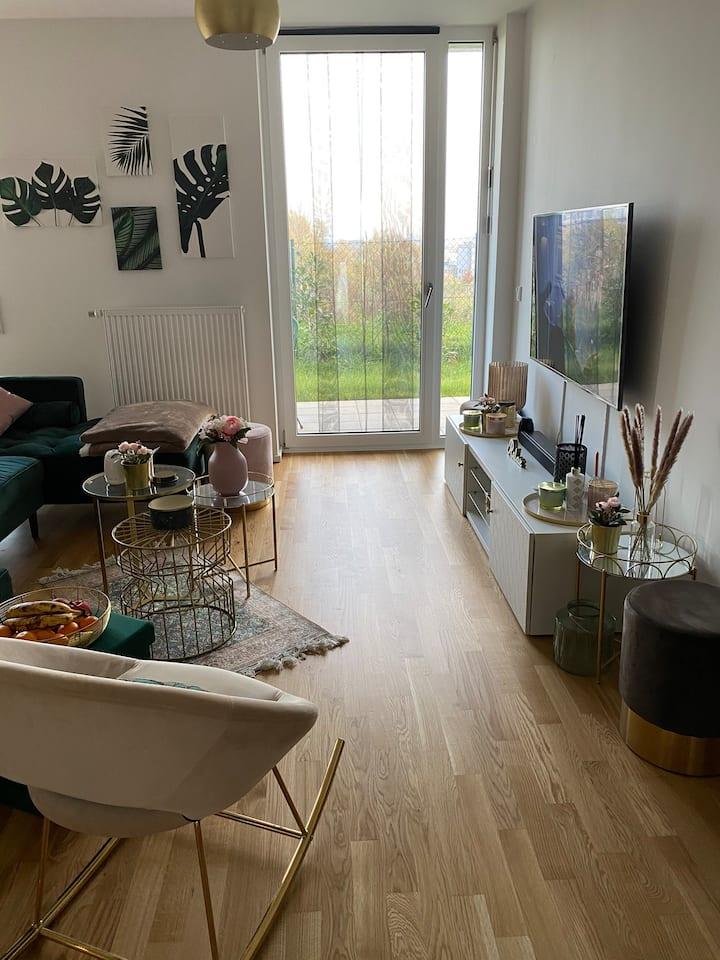 Modern & Luxury Apartment