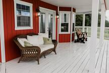 Wrap around porch on the main floor, south side