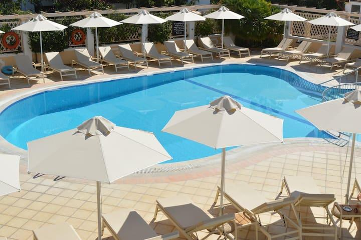 Konstantina Apartments Corfu